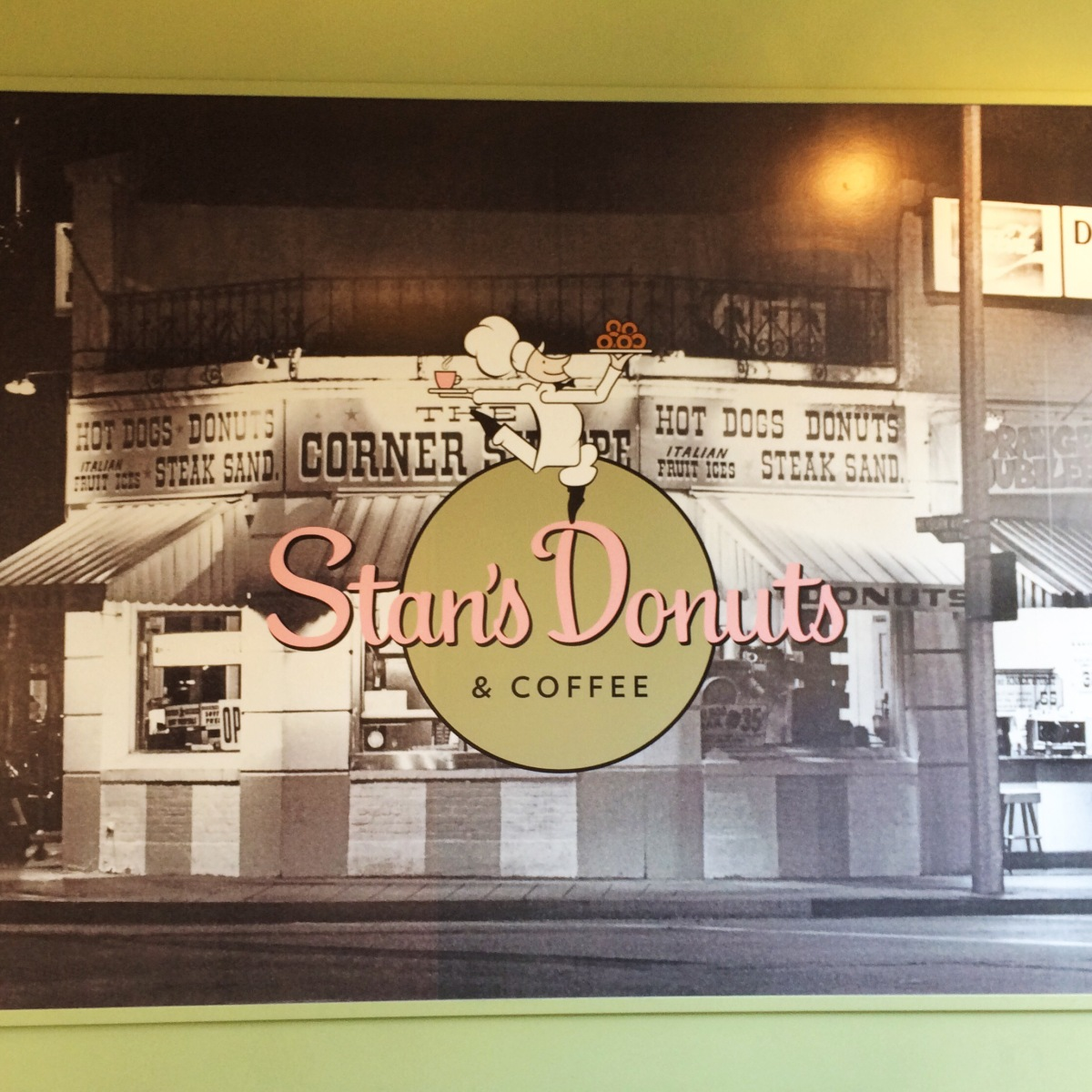Stan's Donuts: Go for the donuts, stay for the booths