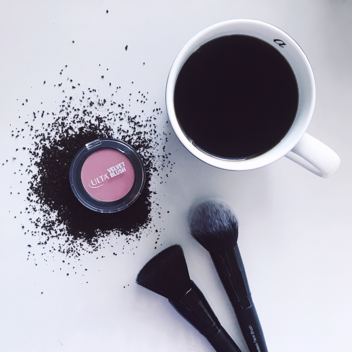 This DIY Coffee Scrub is the Perfect HolidayGift